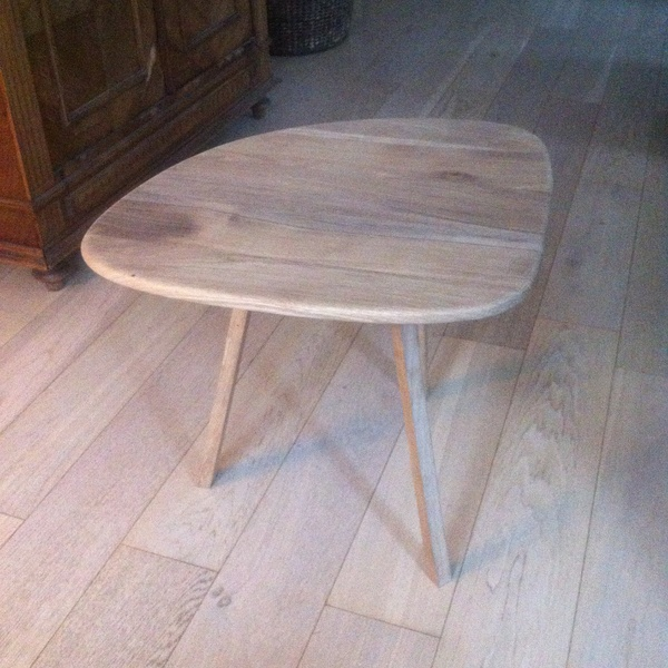 Table basse en chene