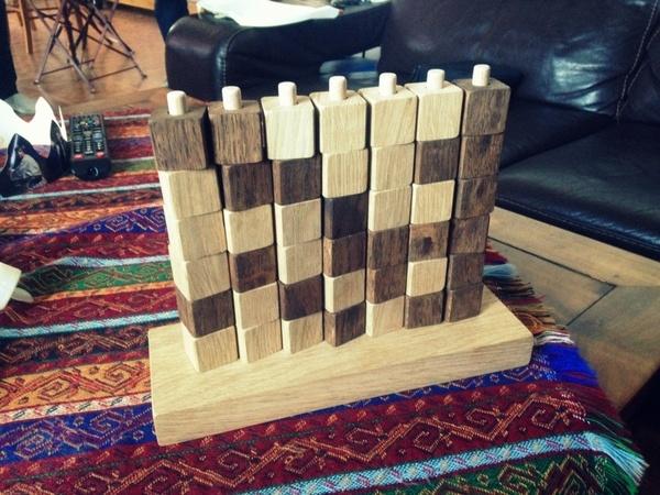 Puissance 4 en cubes de bois