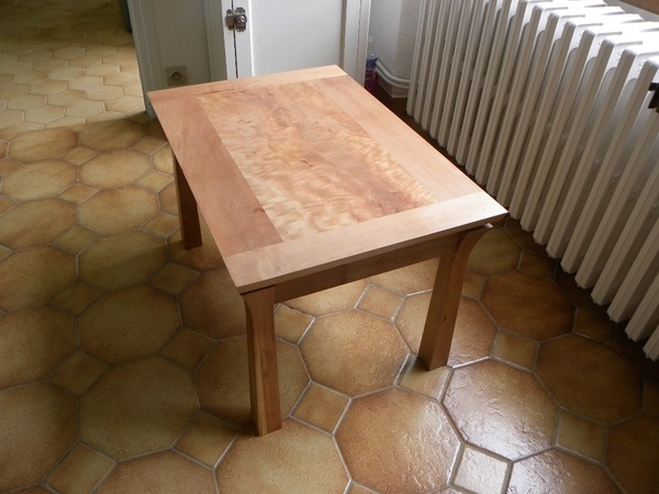 Table basse en poirier