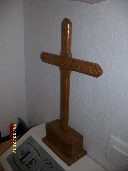 Crucifix en chene