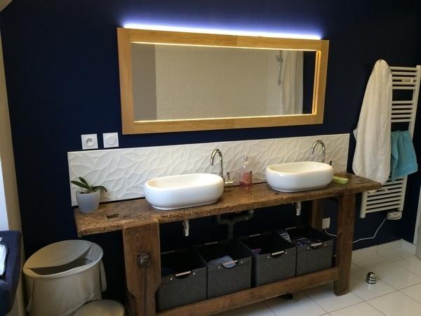 miroir de sdb avec clairage int gr par ced41 sur l 39 air du bois. Black Bedroom Furniture Sets. Home Design Ideas