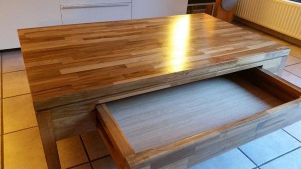 La première table basse