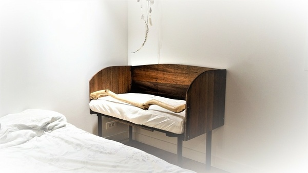 cododo et lit au sol par yoan suppa sur l 39 air du bois. Black Bedroom Furniture Sets. Home Design Ideas