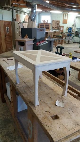Table basse en frêne et chêne