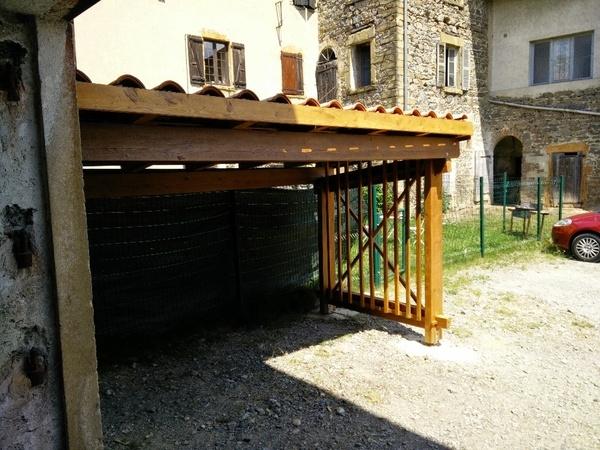 abri bois de recup pour bois de chauffage par franckandersson sur l 39 air du bois. Black Bedroom Furniture Sets. Home Design Ideas