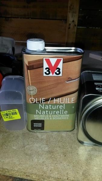Vernis et huile v 33