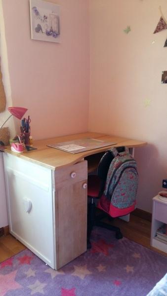 Un bureau pour ma grande fille qui rentre en sixieme