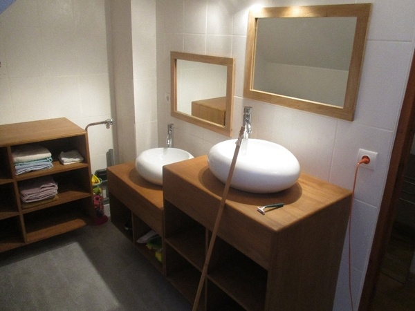 Les meubles de la salle de bain