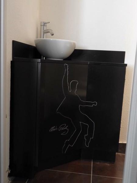 petit meuble lave main pour wc par bricoconseil sur l 39 air du bois. Black Bedroom Furniture Sets. Home Design Ideas