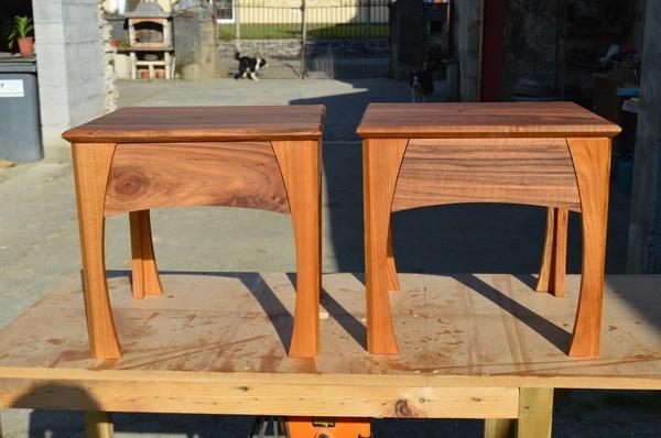 table de nuit par damien6665 sur l 39 air du bois. Black Bedroom Furniture Sets. Home Design Ideas