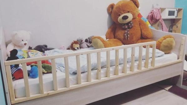 Barrière lit enfant